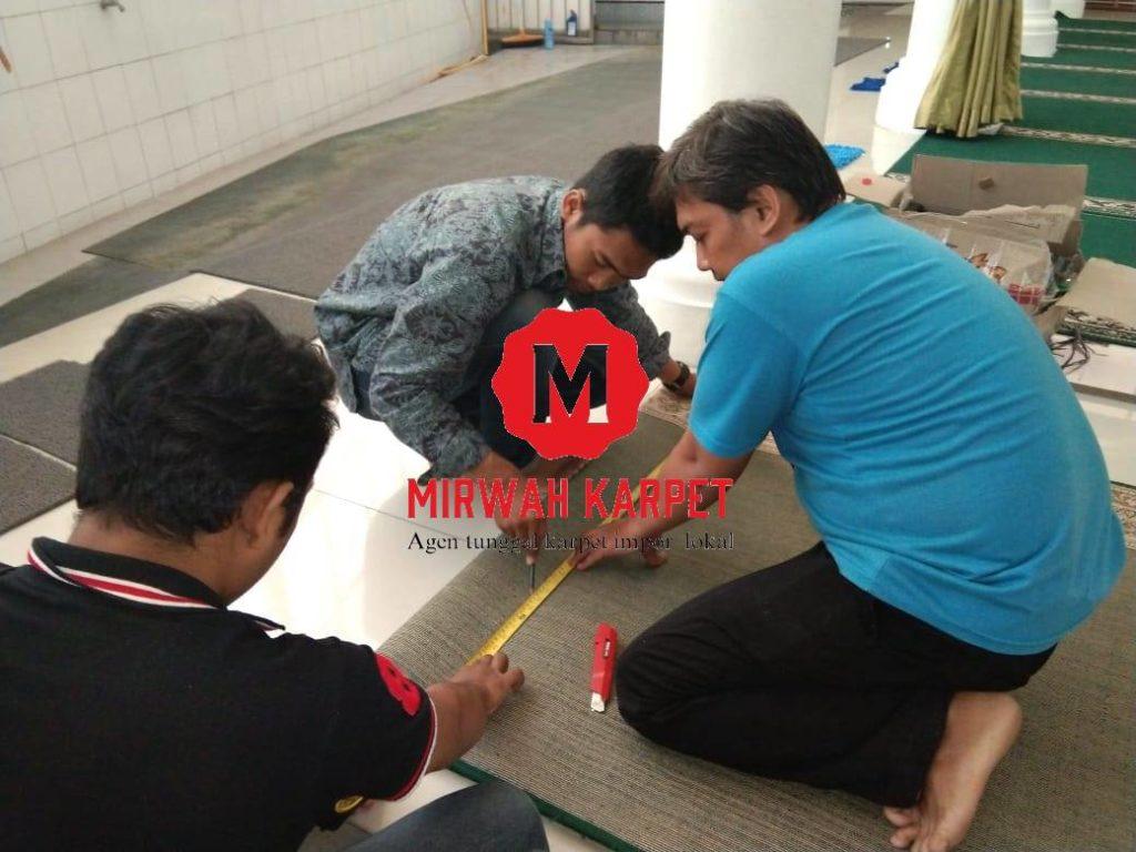 jasa pasang karpet masjid2