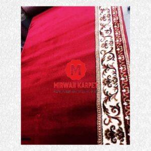 Karpet Rajakhan merah polos