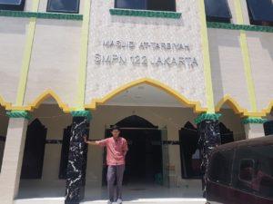 masjid at tarbiyyah smpn 122 Jakarta