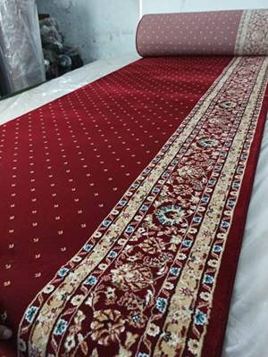 Karpet Masjid Isfahan Hereke Merah